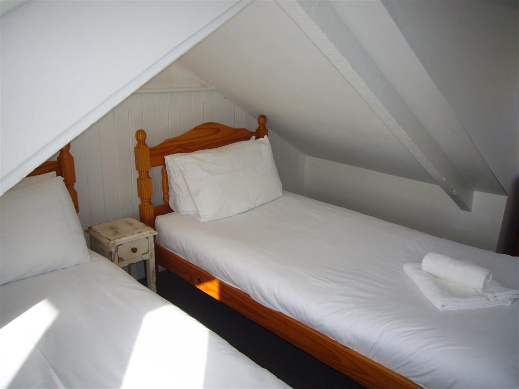 04) Porthia Cottage -  Bedroom 3