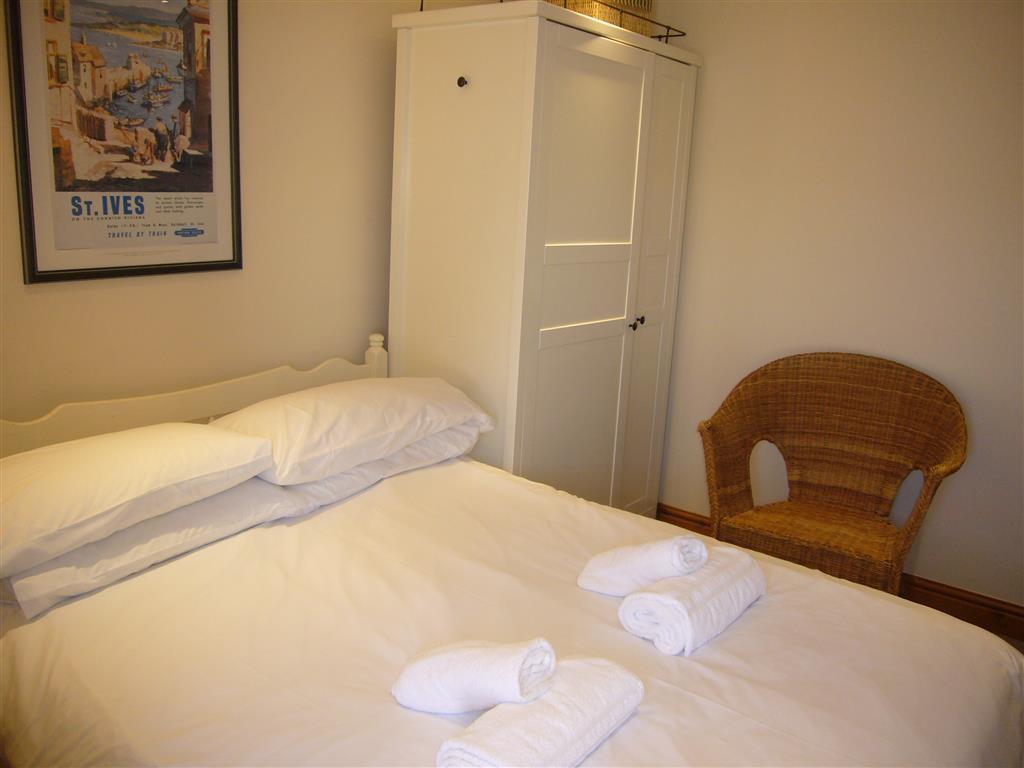 11) Hollies Cottage -  Bedroom 4