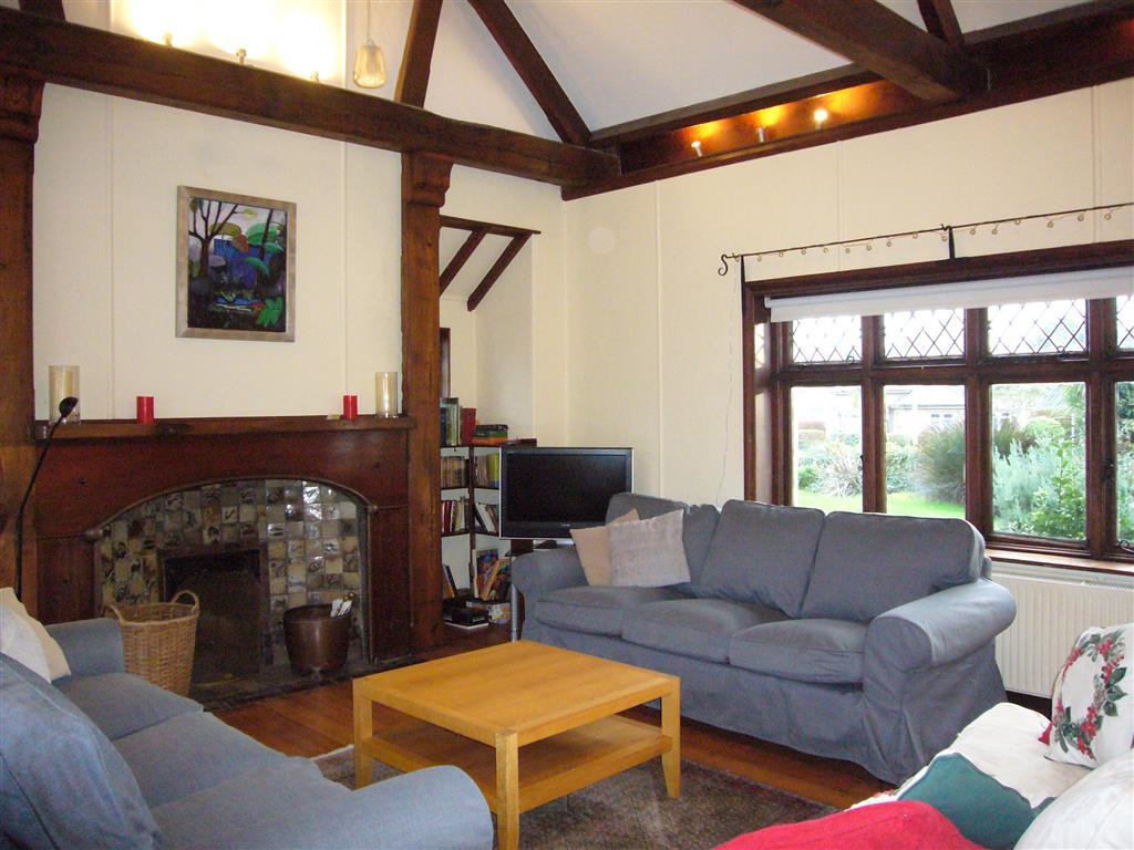13) Stratton Vow -  Sitting room