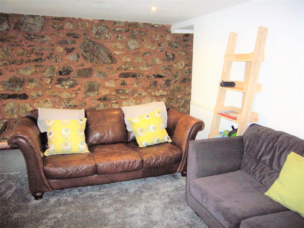 14) Treholme -  Sitting room