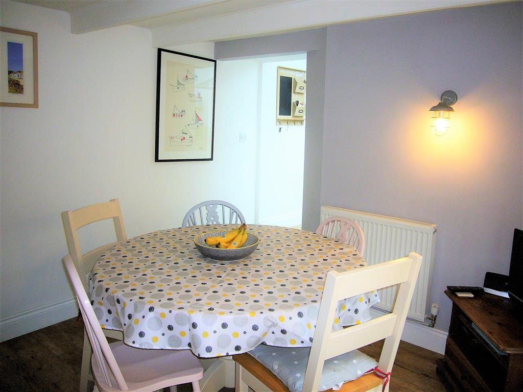 14) Treholme -  Dining room
