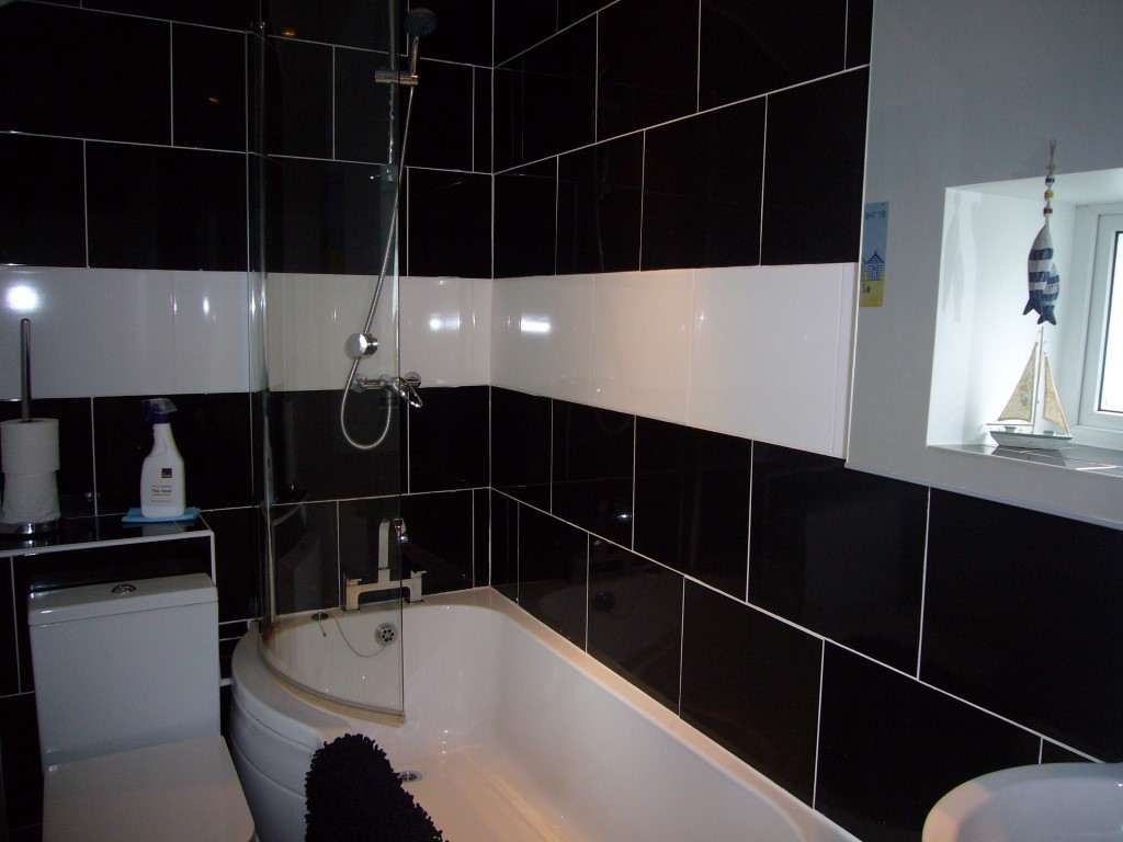 14) Treholme -  Bathroom