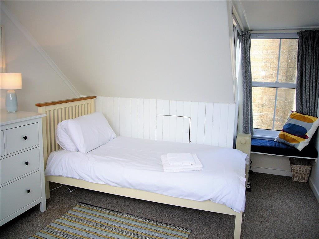 23) 6 Church Place -  Bedroom 3