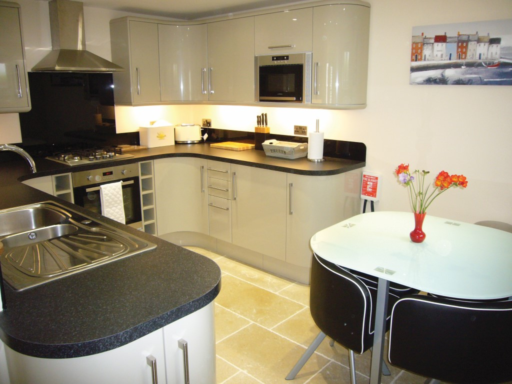 27) Harrys Hideout -  Kitchen
