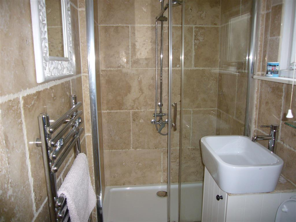 29) 2 Carnglaze Place -  Shower room off kitchen