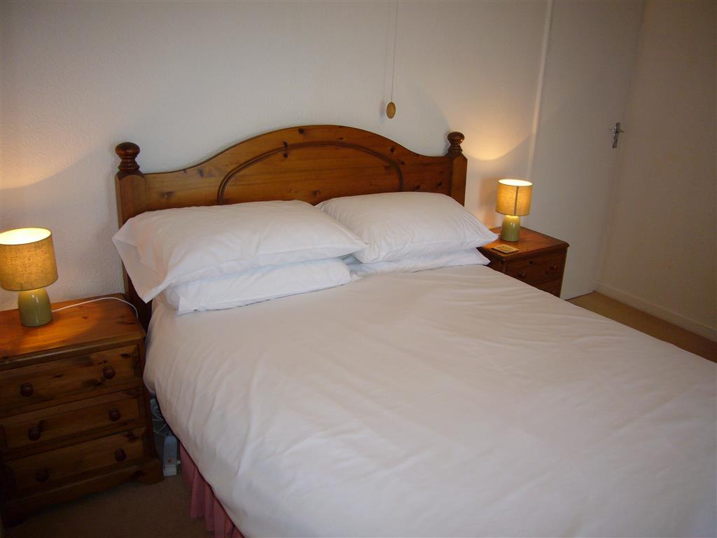 32) Tregurtha -  Sitting room 2