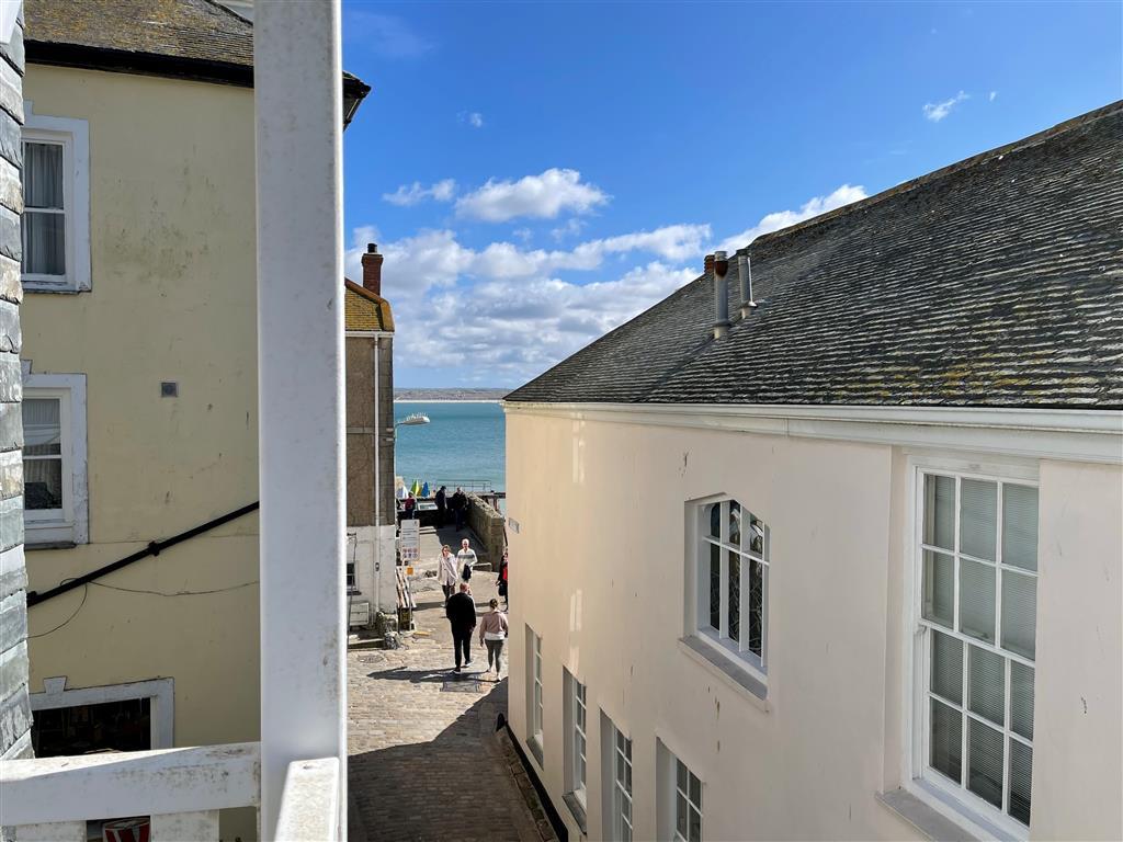 37) 1 Sunnyside  -  Sitting room