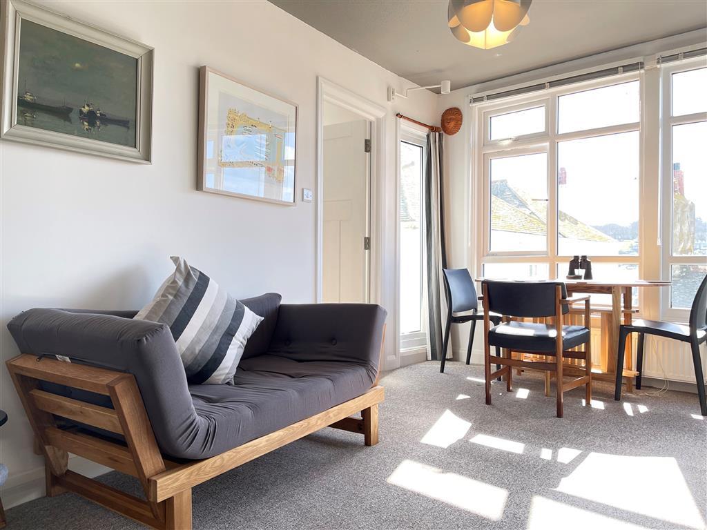 37) 1 Sunnyside  -  Kitchen