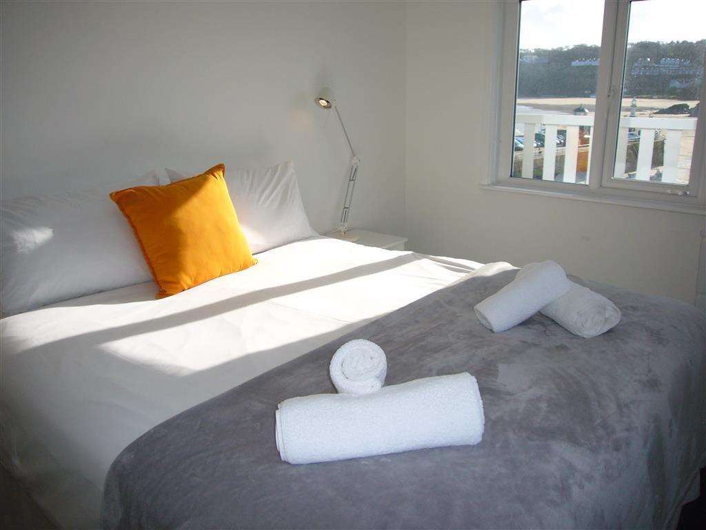39) 3 Sunnyside  -  Sitting room