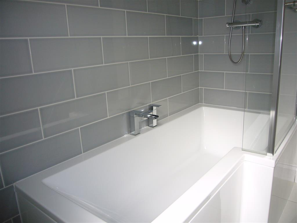 22) 2 Meadow Villas -  Bathroom