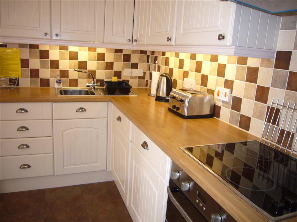 42) Lower Seaview -  Kitchen