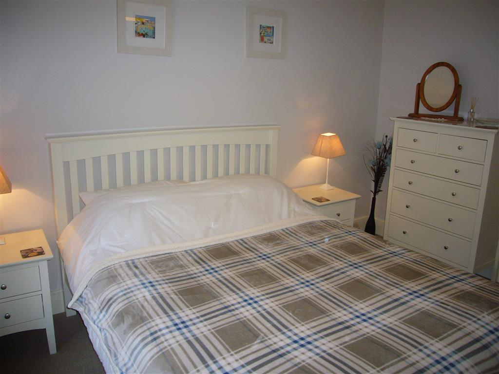 20) Howards Way -  Bedroom 1
