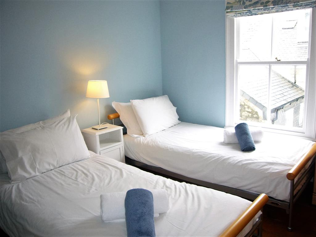 48) 9 Mount Pleasant -  Bedroom 1