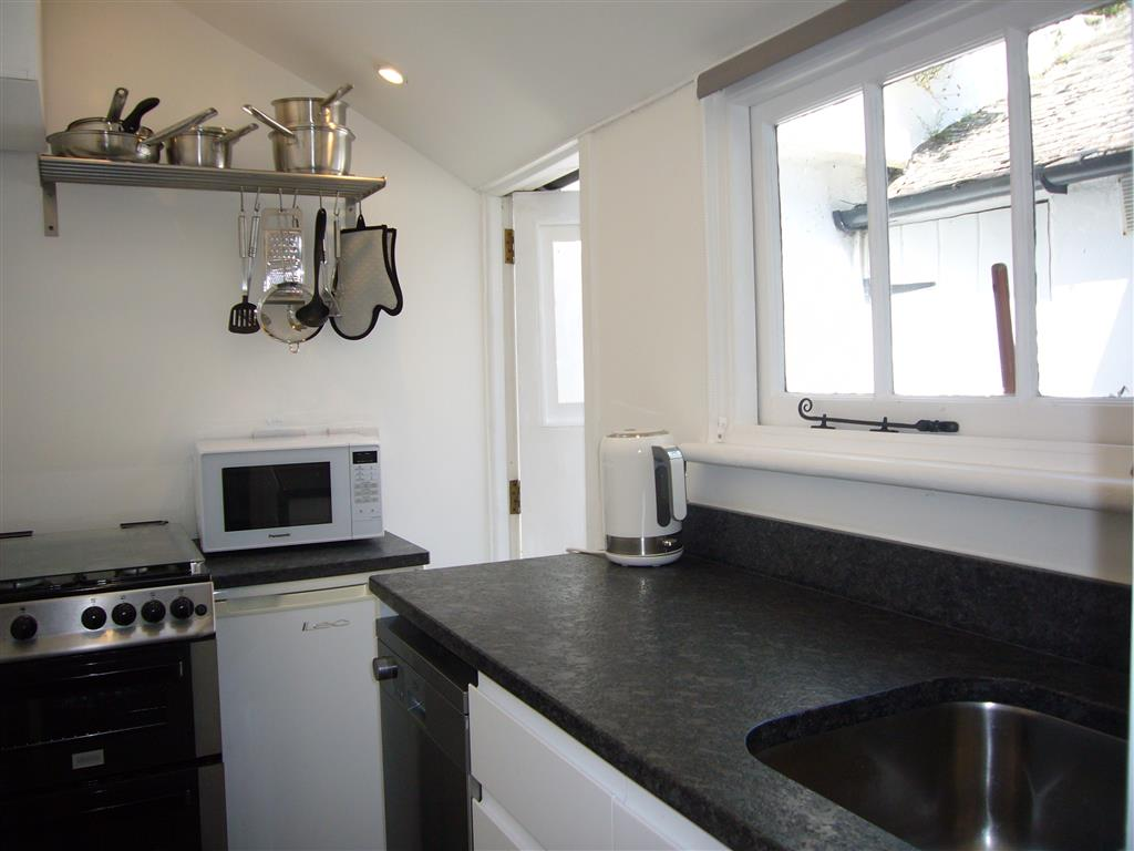48) 9 Mount Pleasant -  Sitting room