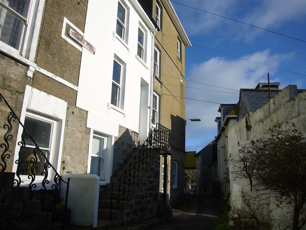 24) 4 Victoria House -  Exterior