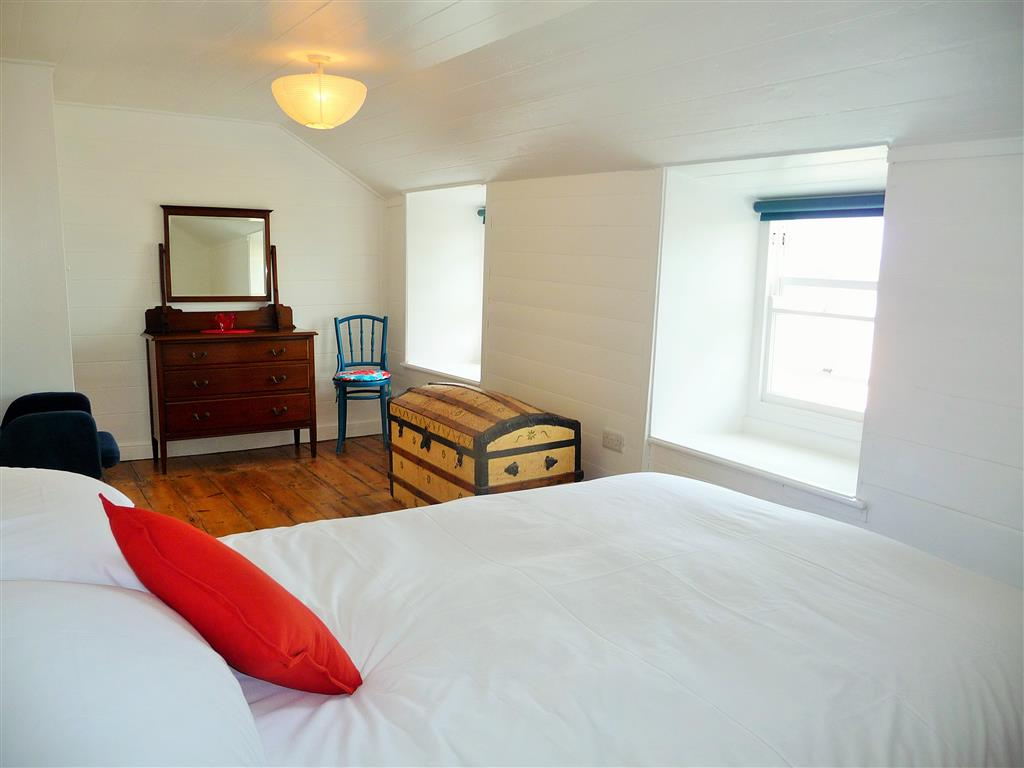 10) Lambeth -  Bedroom 1