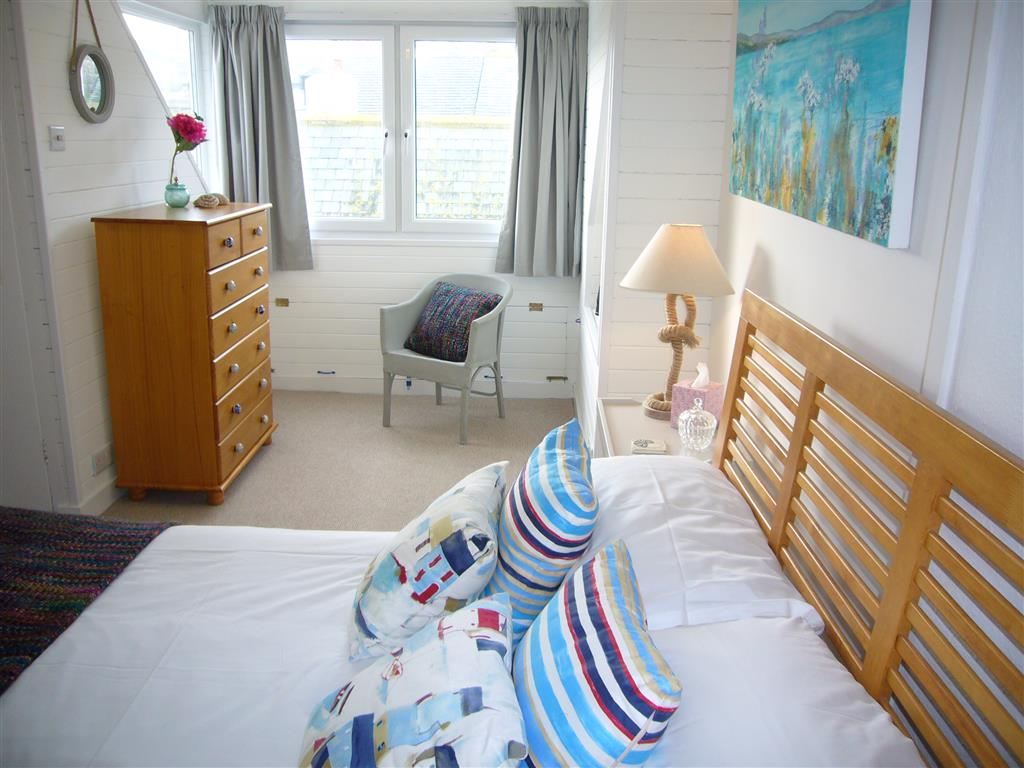 40) Jellyfish Cottage -  Bedroom 1