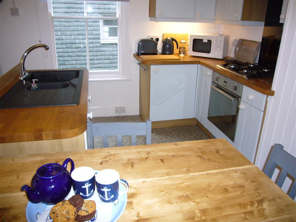 40) Jellyfish Cottage -  Dining area to kitchen