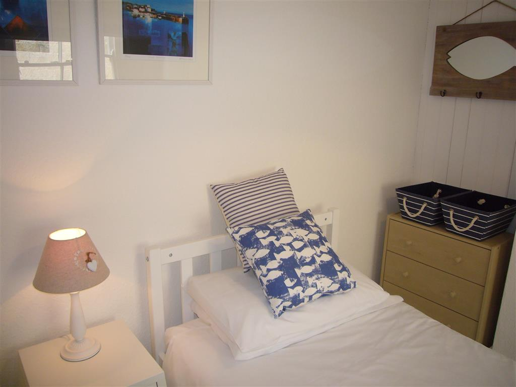 40) Jellyfish Cottage -  Bedroom 2