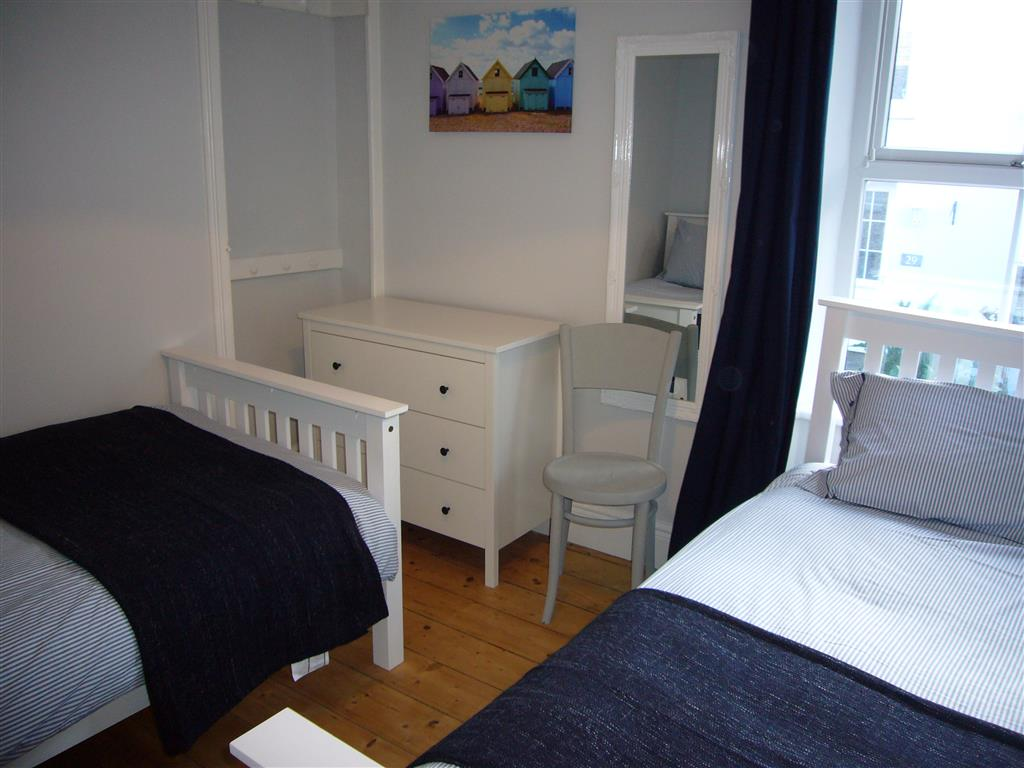 07) 24 Trenwith Place -  Bedroom 3