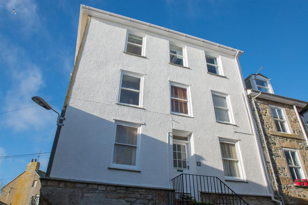49) 3 Victoria House -  Victoria House building