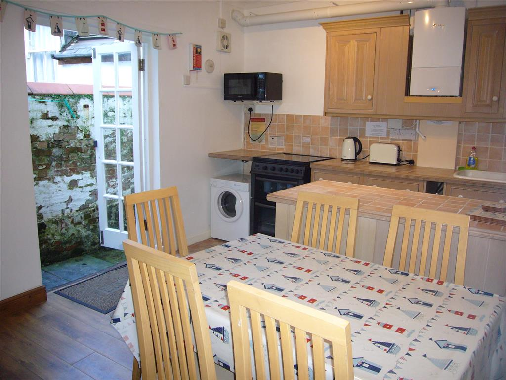 16) Jasmine Cottage -  Kitchen