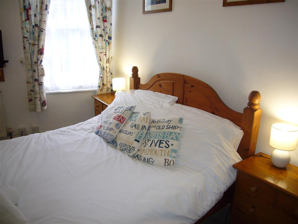 16) Jasmine Cottage -  Bedroom 1