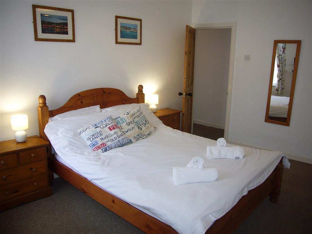 16) Jasmine Cottage -  Bedroom 1