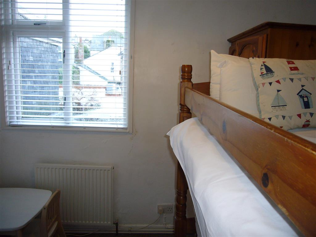 16) Jasmine Cottage -  Bedroom 3