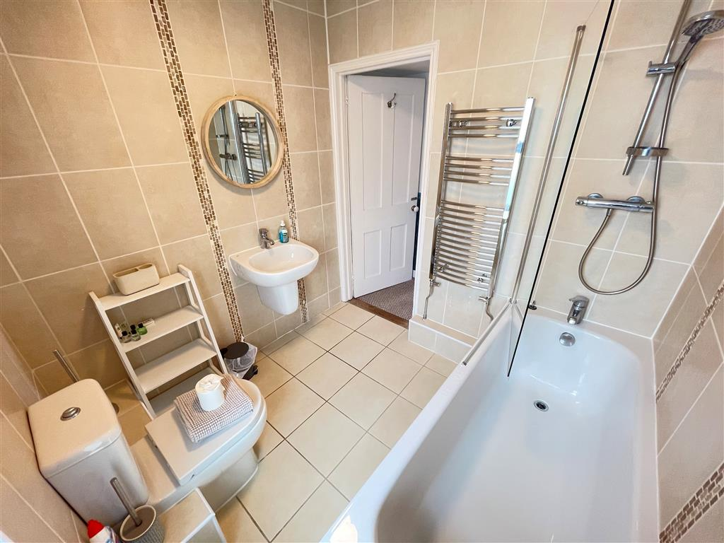 05) 22 Trenwith Place -  Bedroom 1