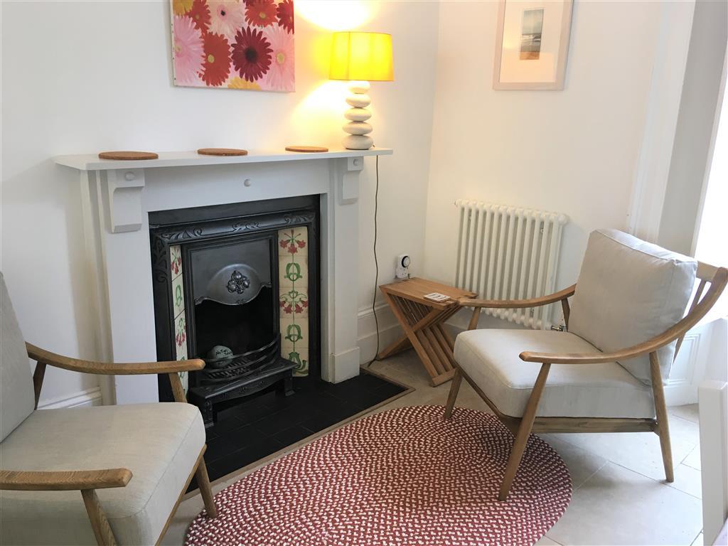 61) Porth Lite -  Dining room