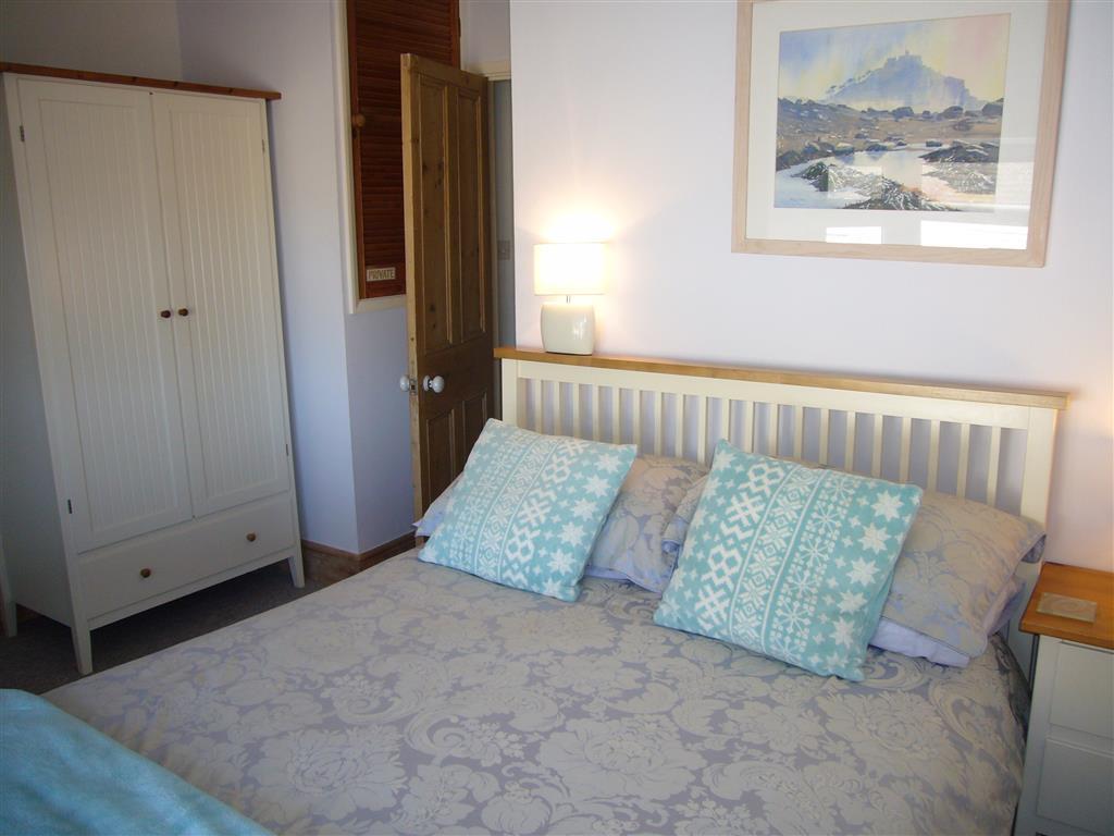 22) 10 The Warren -  Sitting room