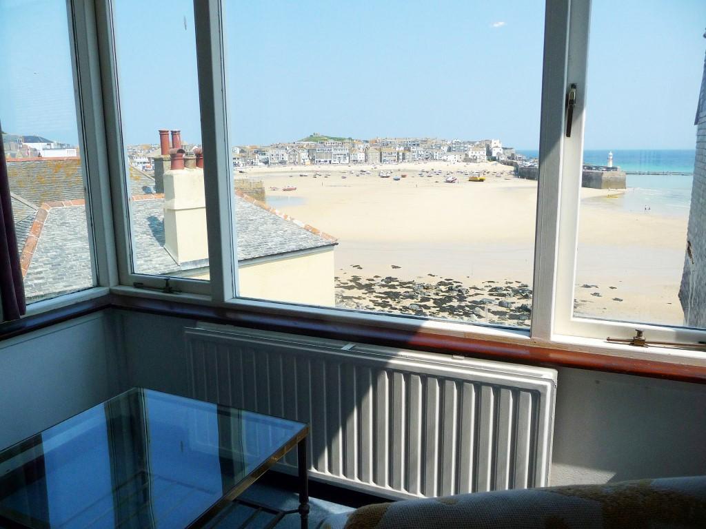 44) Sandhamn -  View from bedroom