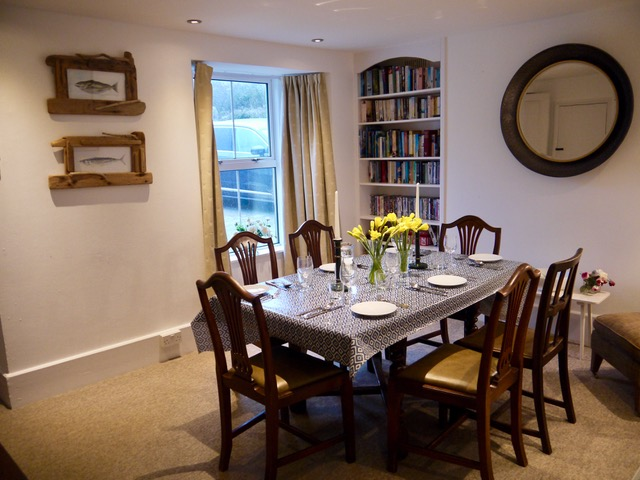 Tremarnedining room