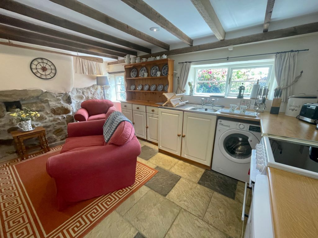 Jugs and earthenware..