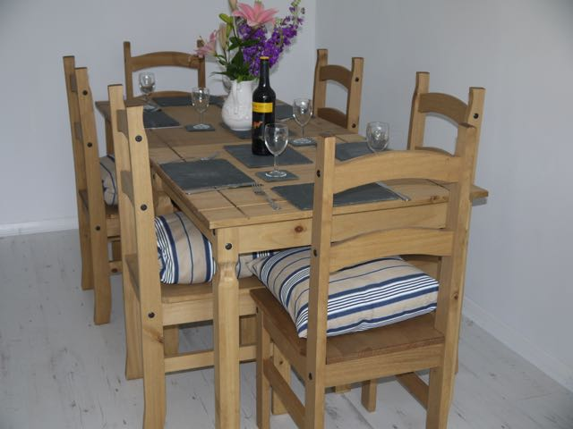 Spring Tide dining table