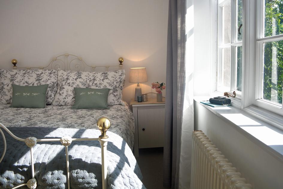 bedroom 1_537