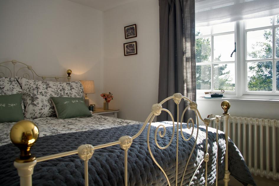 bedroom 1_543