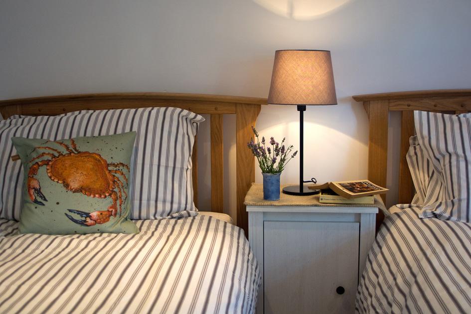 Bedroom 554