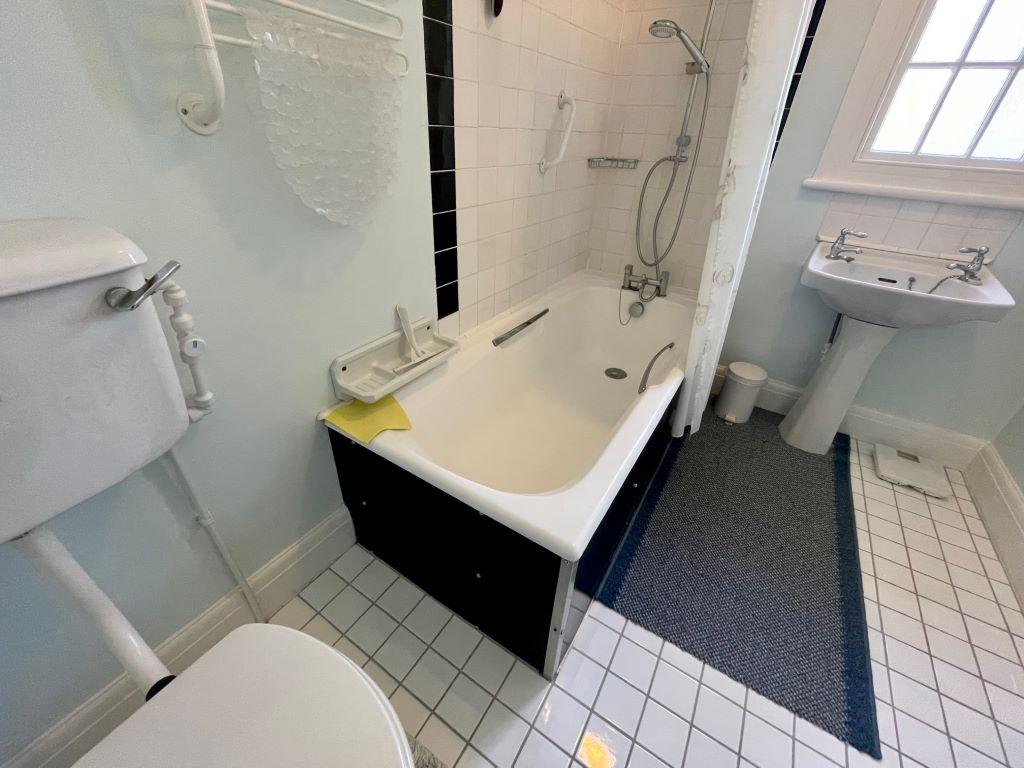 Higher Ledra kitchen