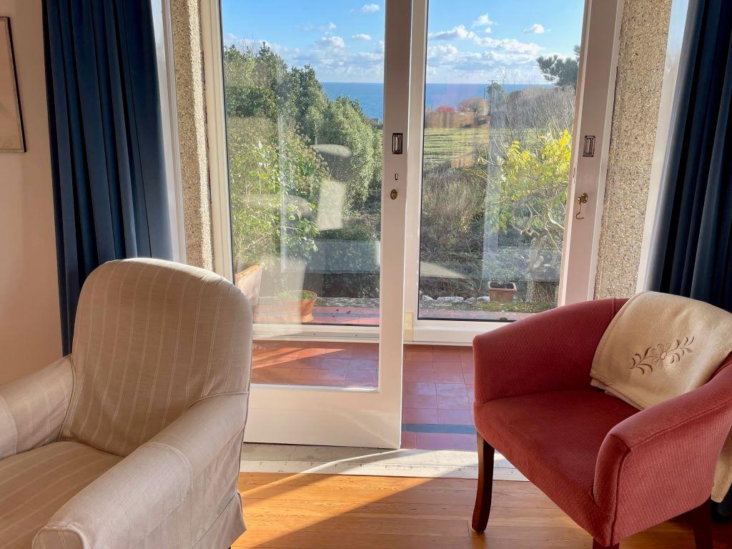 Higher Ledra gardena