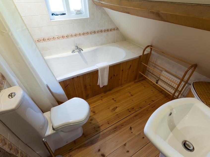 Japonica upstairs bathroom