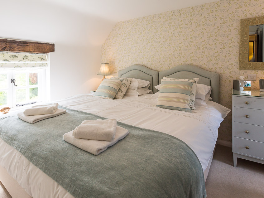 Chamberlains Cottage double bedroom