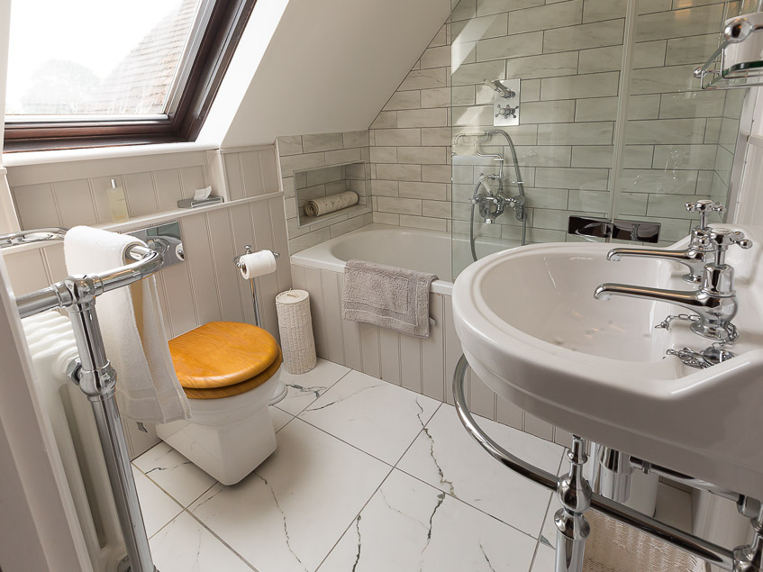 Chamberlains Cottage ensuite