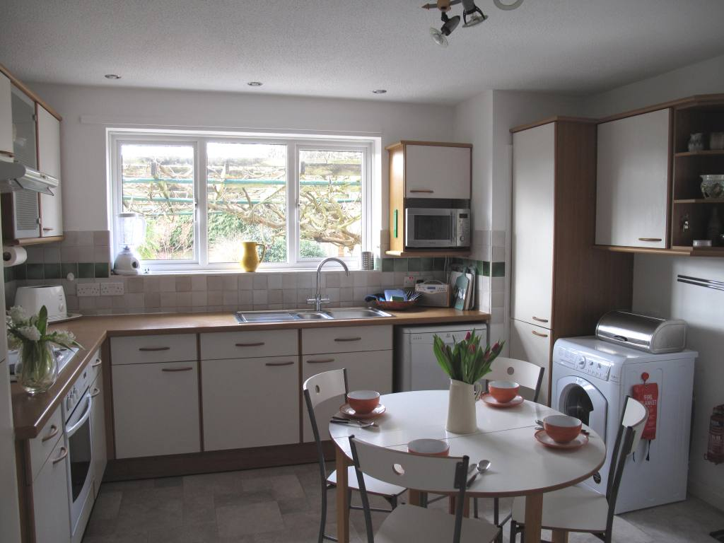 Forest Side Kitchen2 dressed new 2015