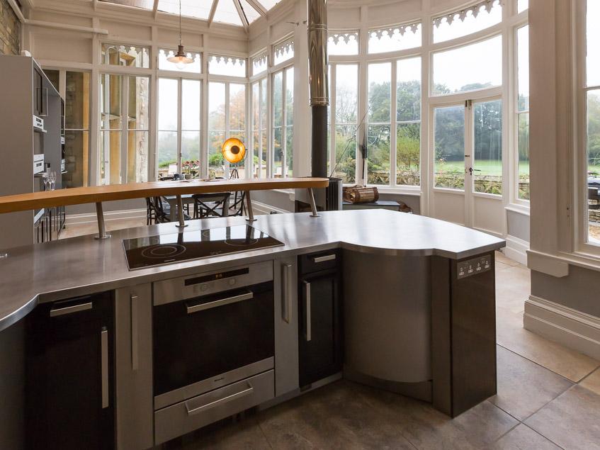 Kitchen showing island unit