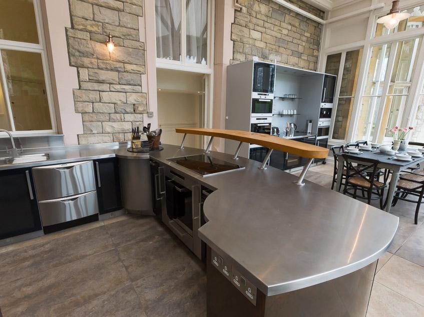 Kitchen central unit 2
