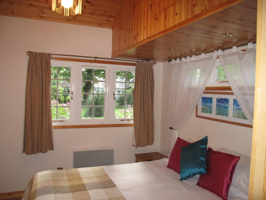 Lilac Lodge Bedroom