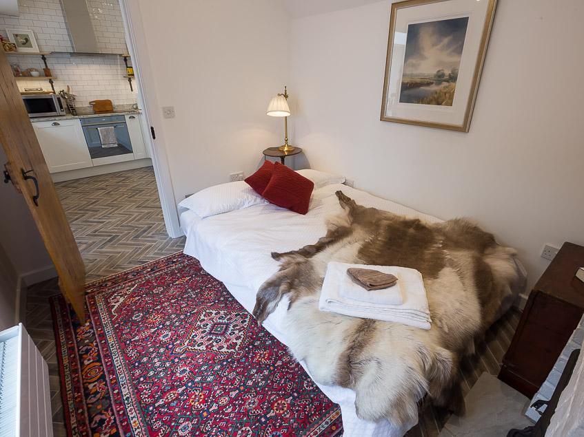 Silverton bed3.snug