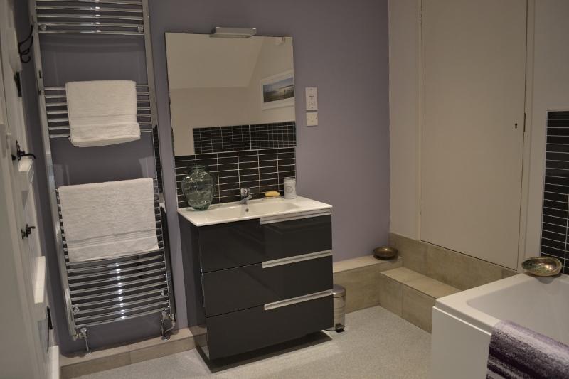 Bathroom showing basin